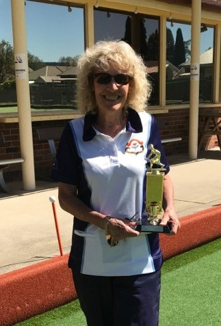 2017 Winner Past President District Minor Singles Fran Post